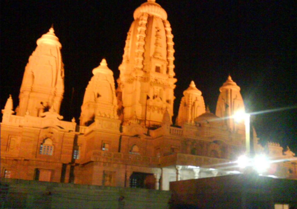 JK Temple Kanpur - Famous Kanpur temples